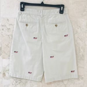 Vineyard Vines {14} Shorts Flag Whale Embroidered